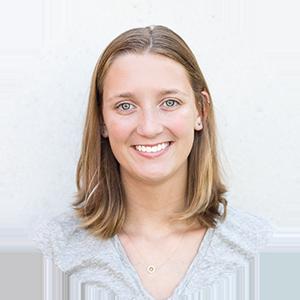 Ashlee McCurdy : Social Media Editor